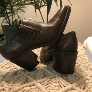 Brand new soft leather booties size 7